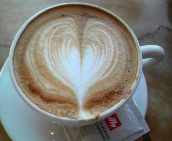 ハート型コーヒー